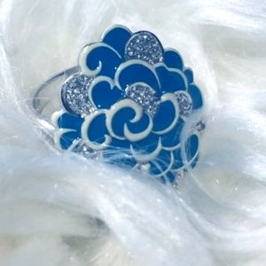 LIKE NEW! 💍 Turquoise Floral Ring